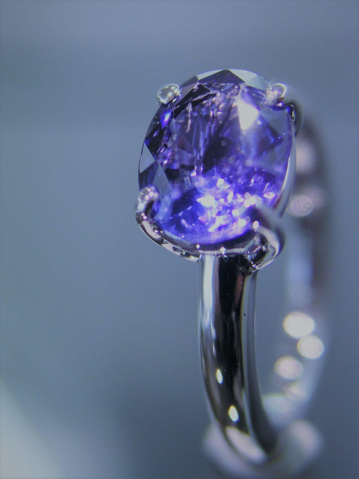 gouden ring blauwe saffier